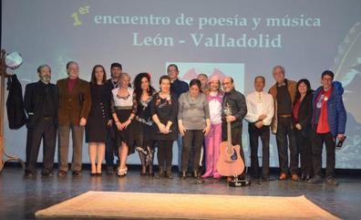 El centro Cívico del Crucero acoge un encuentro Poético-Musical entre León y Valladolid