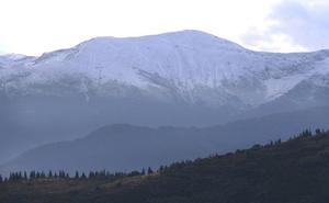 La nieve sorprende al Bierzo