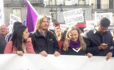 Pablo Fernández anima a Fuentes a continuar con la supresión de la Fundación Siglo