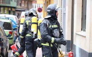 Una campana extractora desata un incendio en un bar de El Ejido y destroza la cocina
