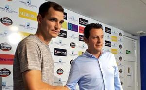 Buenacasa está con «ganas locas» de debutar con la Ponferradina tras mejorar de su lesión