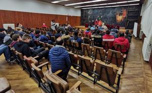 Profesores y alumnos de la FP de La Robla se movilizan y tensarán la cuerda para revocar la liquidación del centro