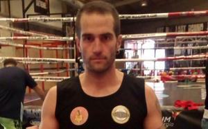 Kike Presa da el salto al boxeo profesional