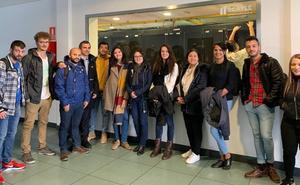Los alumnos del máster en Derecho de la Ciberseguridad y entorno digital visitan el Scayle