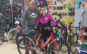 El Rodríguez Cleba se mueve en bicicleta