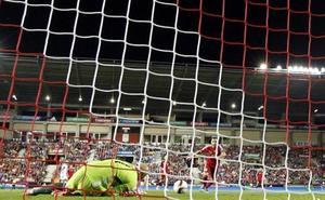 'El fútbol es (también) así' reúne relatos más allá del césped