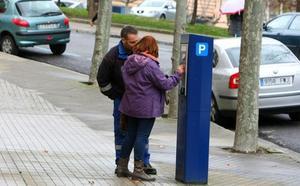 Ramón se muestra «sorprendido» por el ultimátum de la Asociación de Vecinos del barrio de la Rosaleda a la implantación de la ORA