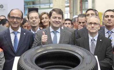 Mañueco anuncia una rebaja media del 15% en el precio del suelo industrial de la Junta antes de fin de año