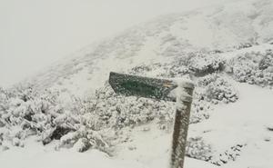 El otoño deja sus primeras nieves en León y temperaturas invernales