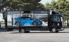 Un escaparate móvil de Peugeot traerá «el poder de elegir» a León