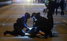 Al menos 200 detenidos y 188 bombas de gasolina incautadas en las protestas en Hong Kong