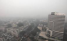 La contaminación obliga a desviar aviones y cancelar vuelos en India