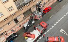 Bomberos León rescata a una mujer que había sufrido una caída en su domicilio y no podía moverse
