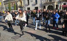 Un flashmob por la integración