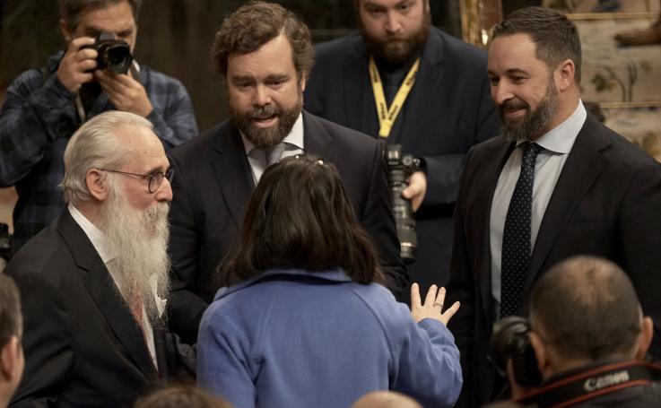 Otra jornada de fotos simbólicas en el Congreso
