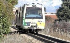 Fallece una joven de 18 años tras ser arrollada por un tren de Feve en el segundo paso tras La Asunción