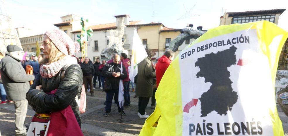Colectivos leonesistas piden a las formaciones políticas de Zamora su apoyo a la autonomía de la Región Leonesa
