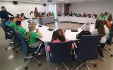 Cuarenta alumnos del CRA de Villaquilambre visita el Ayuntamiento