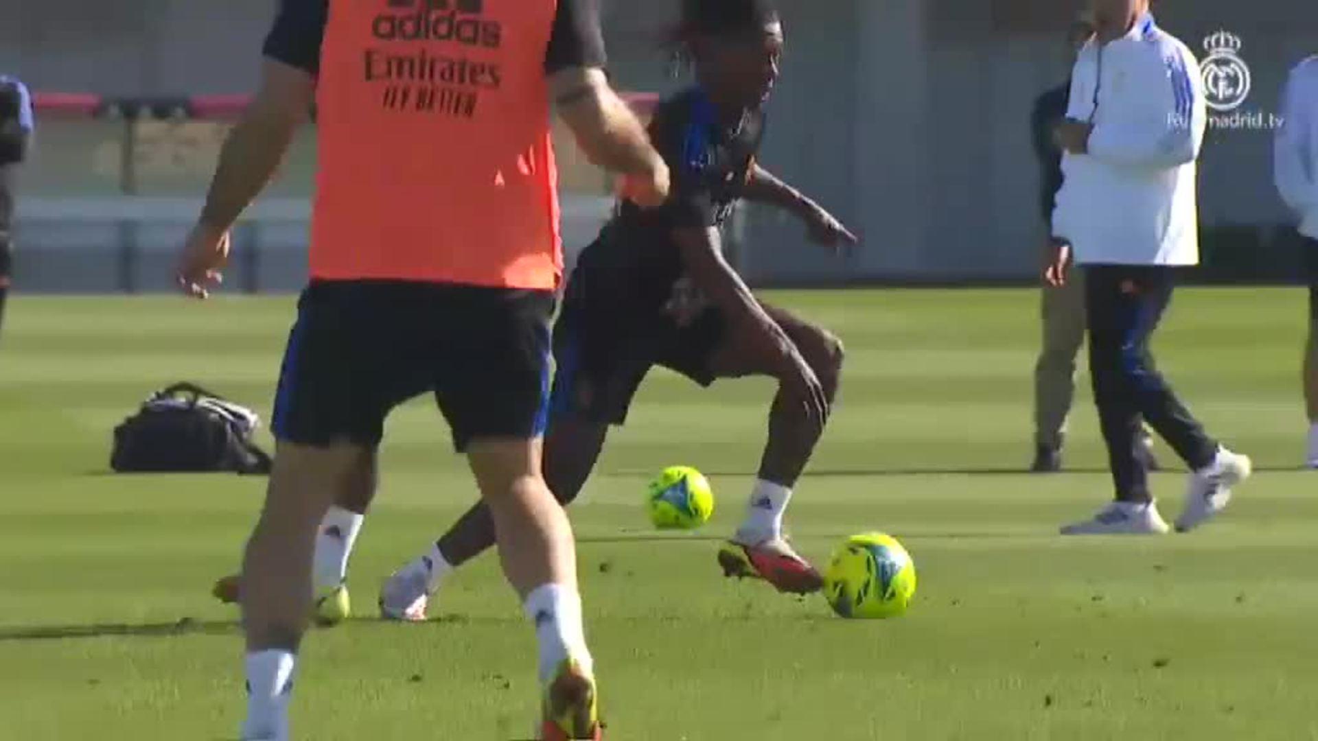 Benzemá se entrena en el gimnasio mientras que Hazard y Carvajal podrían en estar en la lista