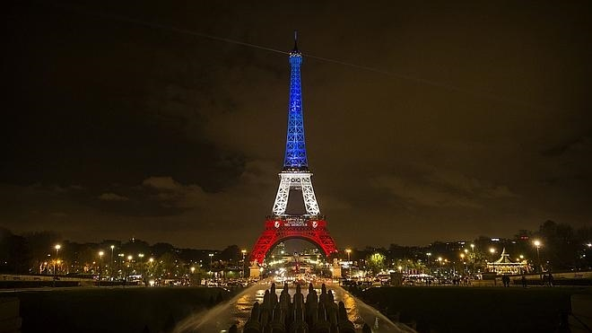 El Estado Islámico amenaza en un vídeo con derribar la torre Eiffel y aviones de Air France