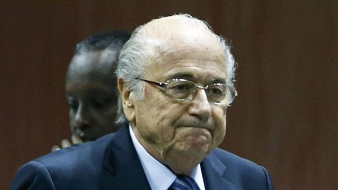 Registran la Federación Francesa por el 'caso Blatter'