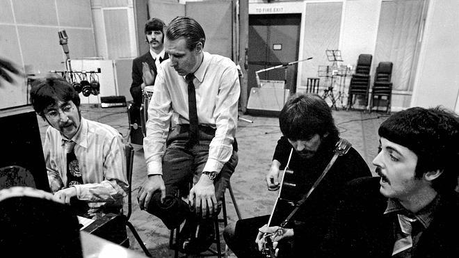 Fallece a los 90 años George Martin, el 'quinto Beatle'