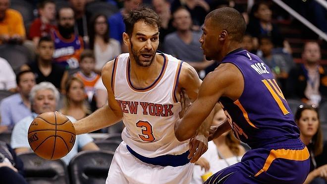 'Doble-doble' de Calderón en el triunfo de los Knicks