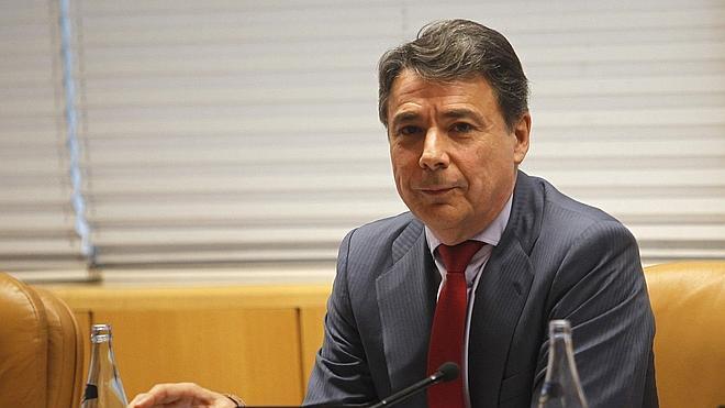 Génova abre expediente informativo a Ignacio González tras ser imputado en el caso del ático
