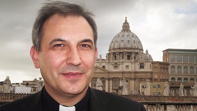 El Vaticano encarcela de nuevo a Lucio Vallejo por comunicarse con el exterior