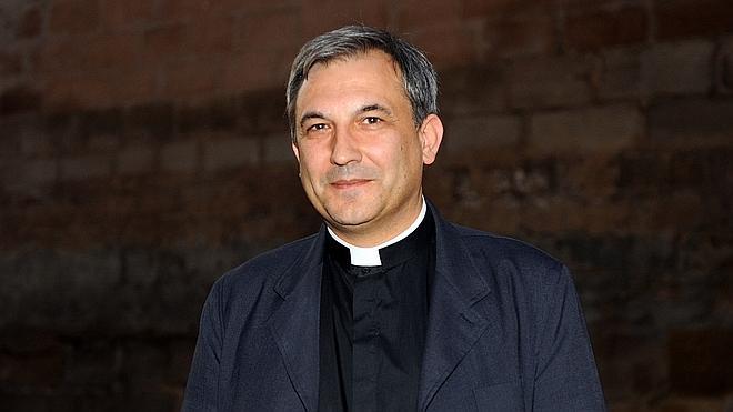 Vallejo admite haber dado acceso a documentación vaticana pero bajo presiones