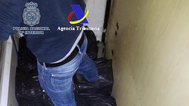 Cae una red que introducía ingentes cantidades de hachís en España
