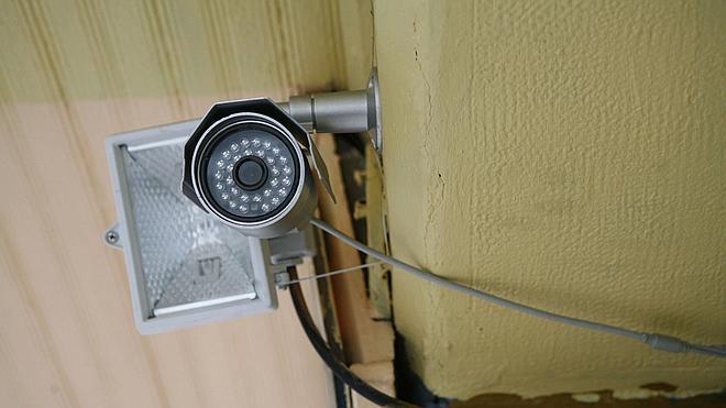 El Constitucional permite instalar cámaras en los centros de trabajo sin revelar su fin a los empleados