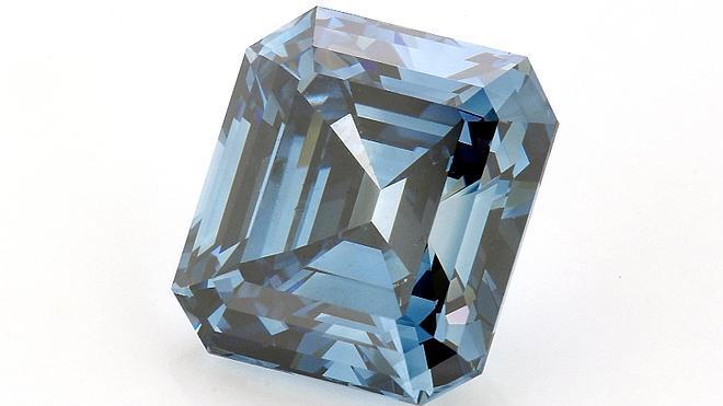Presentan el diamante azul artificial más grande y sofisticado del mundo