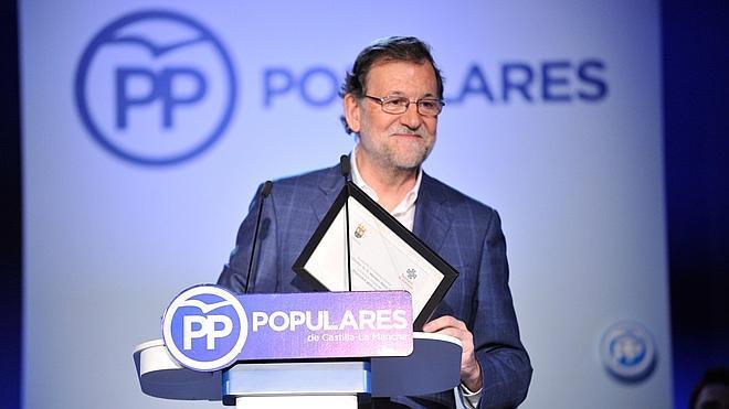 Rajoy se niega a participar en el «espectáculo» de las conversaciones de PSOE y Ciudadanos