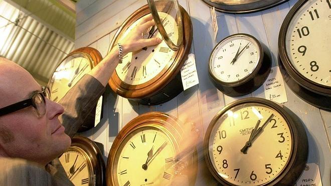 El horario de verano ha comenzado con el cambio de hora de esta madrugada