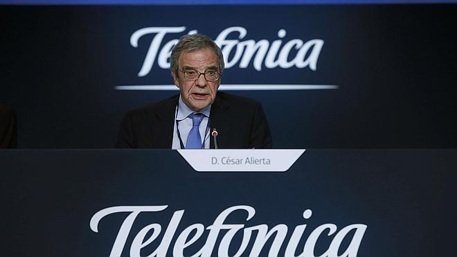 Alierta deja la presidencia de Telefónica después de 16 años