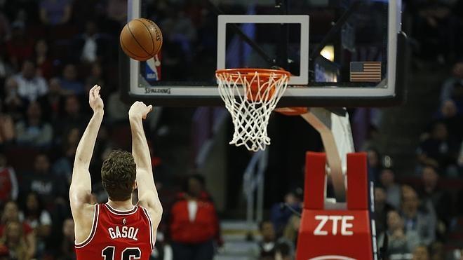 Los Bulls de Gasol se alejan de los 'playoffs'