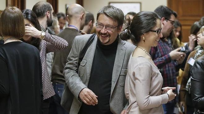 Domènech rechaza pactar con Iceta un «sucedáneo» de referéndum