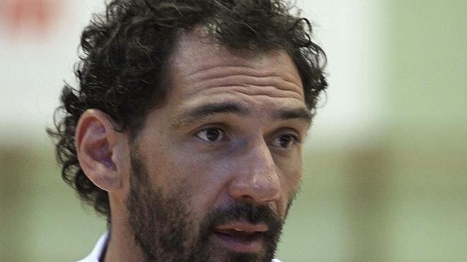 «No sé qué intención hay en retirar a Navarro, Pau, Nadal o Casillas»