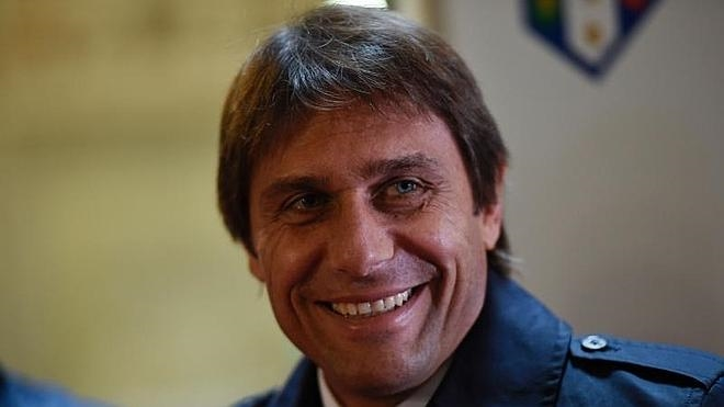 Antonio Conte, técnico del Chelsea la próxima temporada