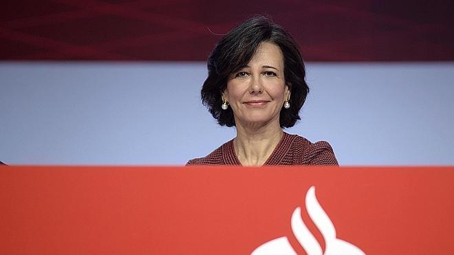 El Santander recortará su plantilla en España en 1.200 empleados