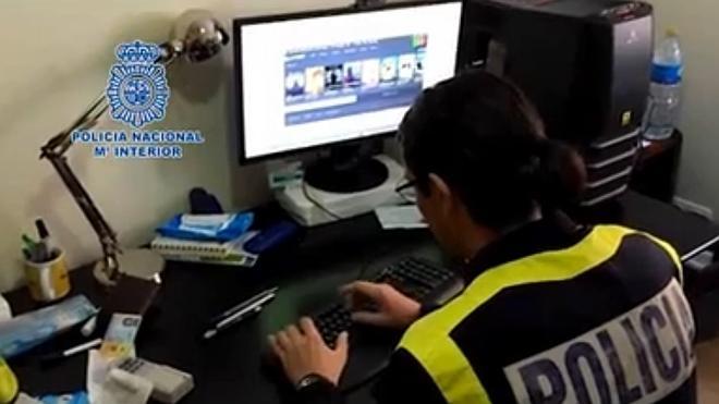 Clausurada una activa web de descargas audiovisuales piratas en castellano