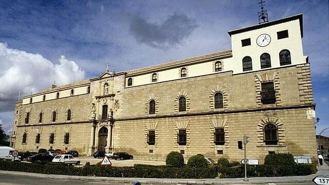 Desactivan un artefacto de la Guerra Civil en el Archivo de la Nobleza de Toledo