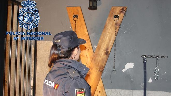 Detenidas en Murcia dos proxenetas que captaban jóvenes para prostituirlas