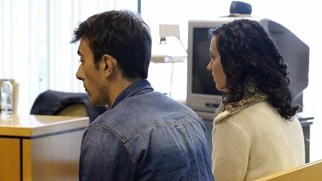 Paco González niega haber mantenido una amistad con la agresora de su mujer