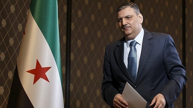 El jefe del comité opositor sirio y otros miembros de la delegación abandonarán Ginebra