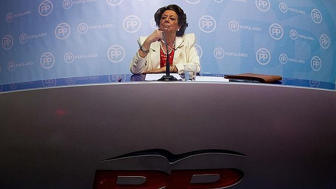 El juez envía al Supremo los indicios de blanqueo contra Rita Barberá