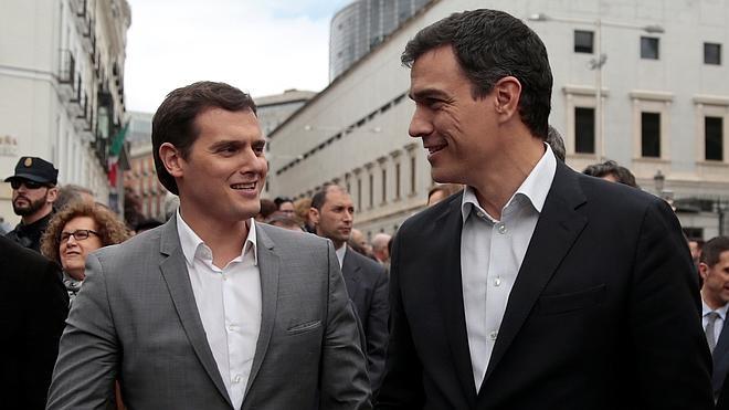 Rivera enmarca las críticas de Iglesias a la prensa en su «filosofía chavista»