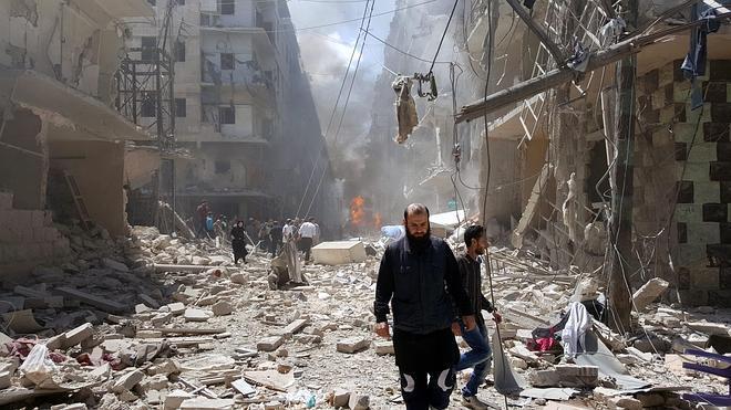 Más de 50 muertos en Alepo por bombardeos aéreos y ataques de los rebeldes
