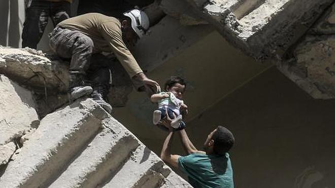 El doctor Waseem, el último pediatra de Alepo que eligió arriesgar su vida